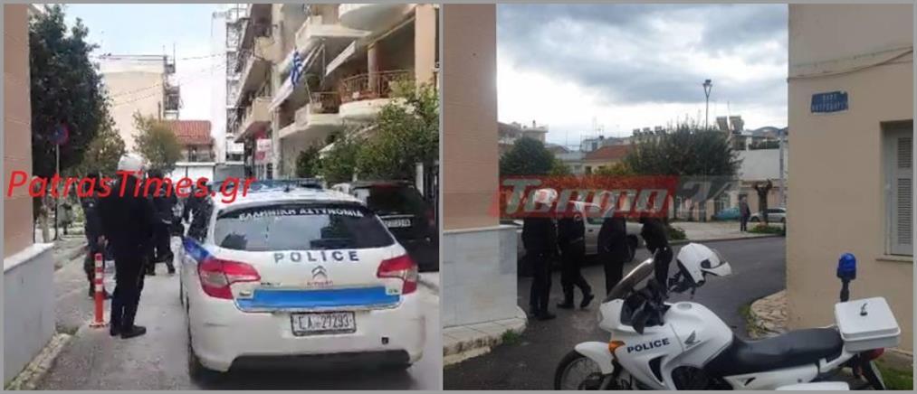 Κορονοϊός: Πιστοί πήγαν σε εκκλησία - Πρόστιμα από τους αστυνομικούς