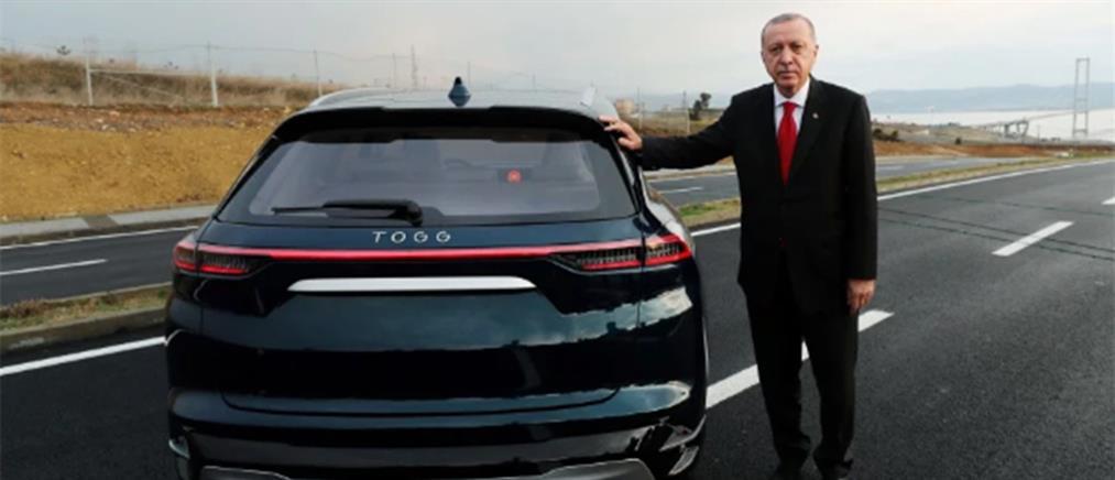 Test drive του Ερντογάν στο νέο ηλεκτρικό αυτοκίνητο της Τουρκίας (βίντεο)