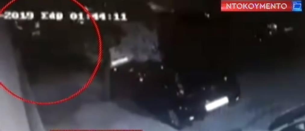 """Πετράλωνα: Ντοκουμέντο από το """"θρίλερ"""" με τον φόνο του 52χρονου (βίντεο)"""