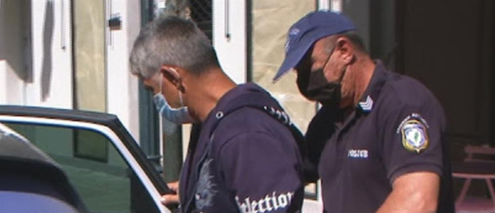 Κόρινθος: Στον ανακριτή ο πατέρας που κατηγορείται για τον βιασμό της κόρης του (βίντεο)