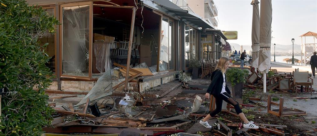"""Σοκαριστικό τροχαίο: Πήρε """"σβάρνα"""" τρία μαγαζιά (εικόνες)"""