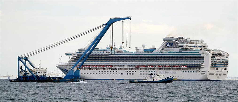Σε καραντίνα κρουαζιερόπλοιο λόγω του κορονοϊού (εικόνες)