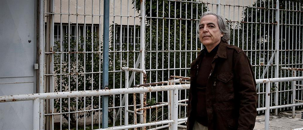 """Κουφοντίνας: δικαστικό """"όχι"""" για μεταγωγή στον Κορυδαλλό"""