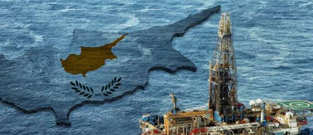 Οι Τούρκοι έδειξαν σε χάρτες τις γεωτρήσεις στην ανατολική Μεσόγειο
