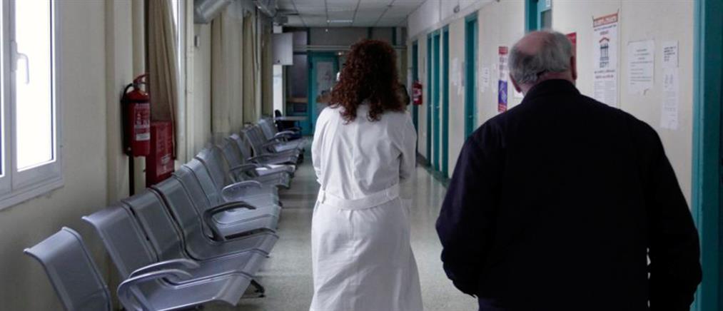 Δεκάδες συλλήψεις παράνομων αποκλειστικών νοσοκόμων
