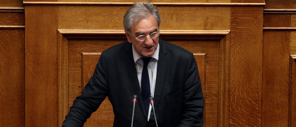 Λυκούδης: Παντελώς άσχετος ο Τσίπρας, έφερε μια κακή συμφωνία