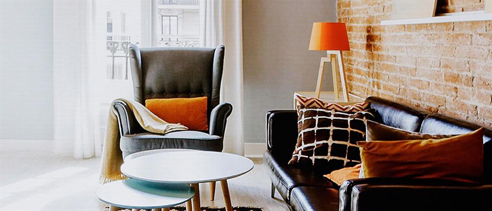 Θεοχάρης: Κανένας αιφνιδιασμός για τις μισθώσεις τύπου Airbnb