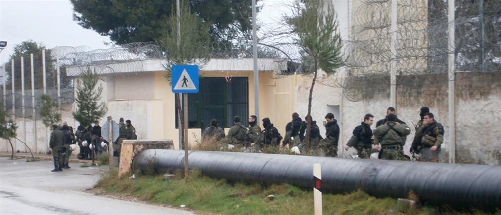 Άγρια συμπλοκή με τραυματίες στις φυλακές Αυλώνα