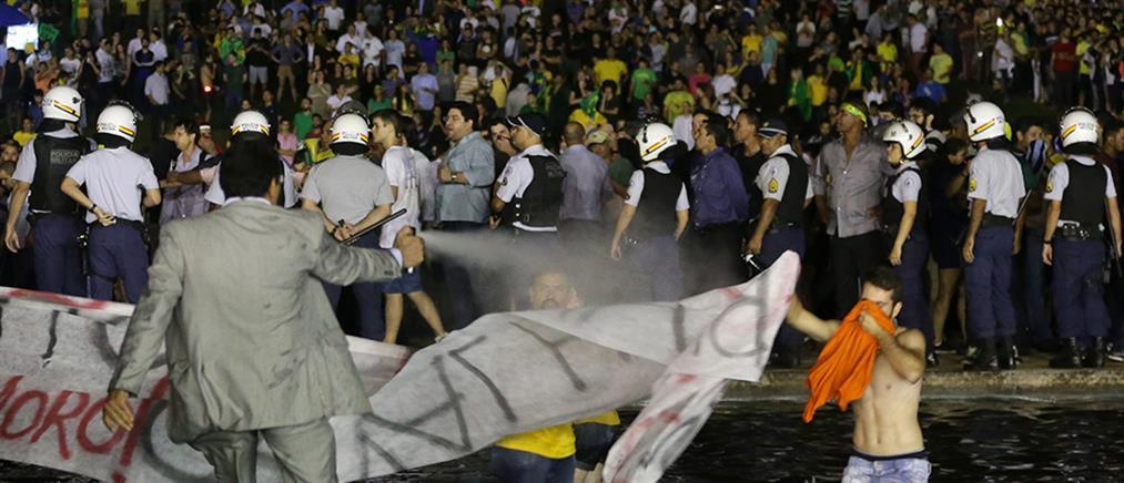 Βραζιλία: Ορκίστηκε προσωπάρχης ο Λούλα ντα Σίλβα