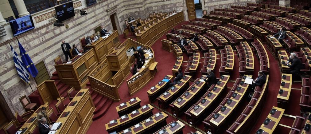 """Βουλή: """"Πυρ ομαδόν"""" για τα """"έξυπνα"""" μέτρα"""
