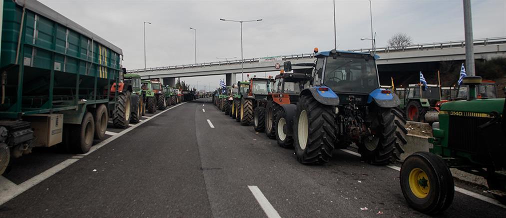 Αποσύρονται σταδιακά οι αγρότες από τα μπλόκα