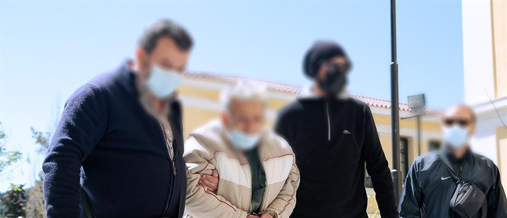Έγκλημα στο Κορωπί: Στον εισαγγελέα ο 76χρονος για τη δολοφονία του γιου του