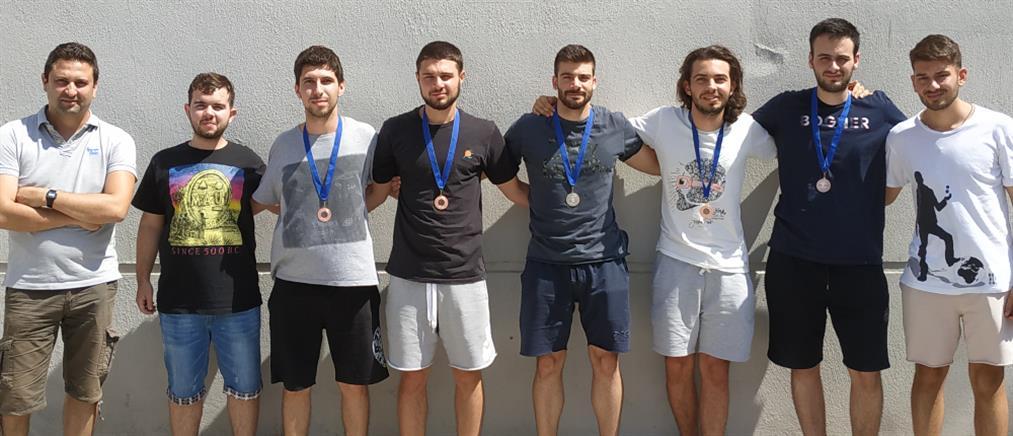 """""""Σάρωσε"""" τα μετάλλια το ΑΠΘ σε Διεθνή Διαγωνισμό Μαθηματικών"""