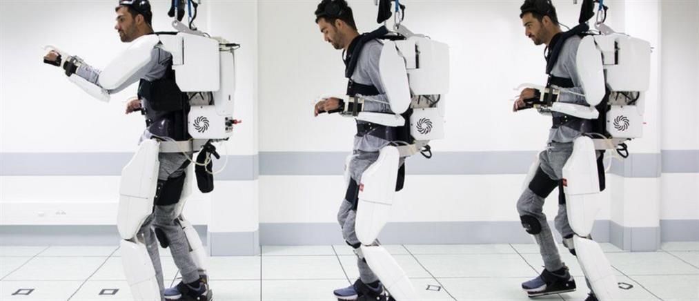 Παράλυτος άνδρας περπάτησε ξανά με τη βοήθεια ρομποτικού εξωσκελετού