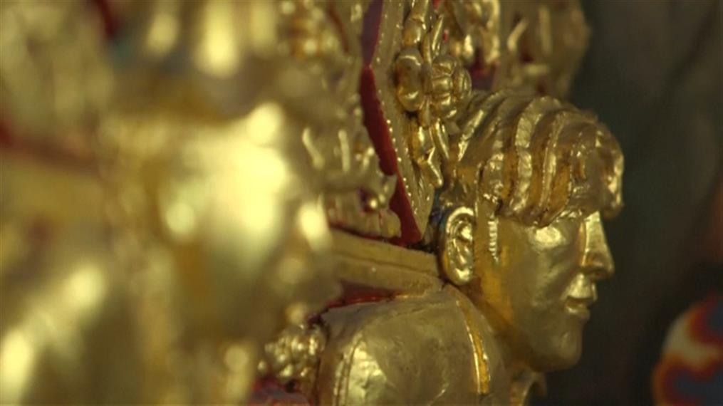 Πόλος έλξης για τους τουρίστες της Ταϊλάνδης χρυσό άγαλμα του Μπέκαμ