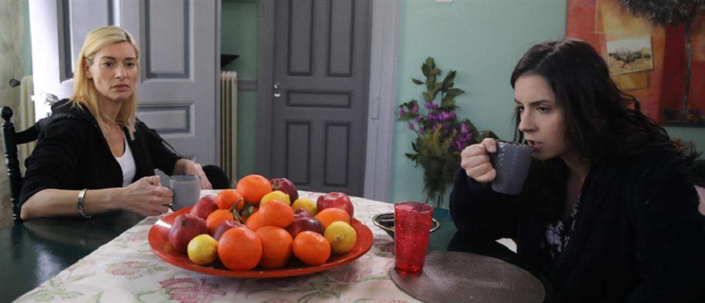 """""""Το Καφέ της Χαράς"""": αναστάτωση στο Κολοκοτρωνίτσι - το επεισόδιο της Παρασκευής"""