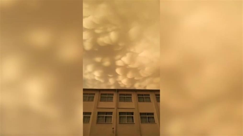 Σύννεφα mammatus στη Λάρισα