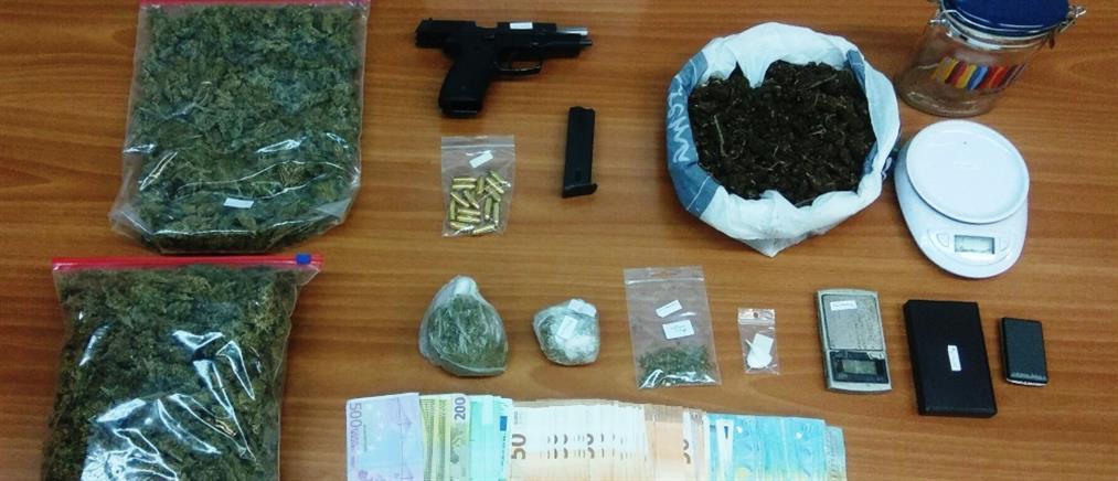 Ναρκωτικά και όπλα στην Φοιτητική Εστία στου Ζωγράφου (εικόνες)