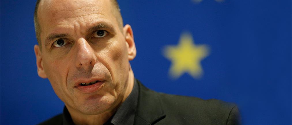 Βαρουφάκης: Ο Τσίπρας είναι σαν τον Σίσυφο!