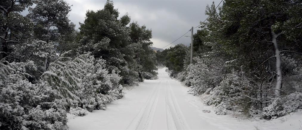 """""""Ηφαιστίων"""": κακοκαιρία με χιόνια και στην Αττική"""