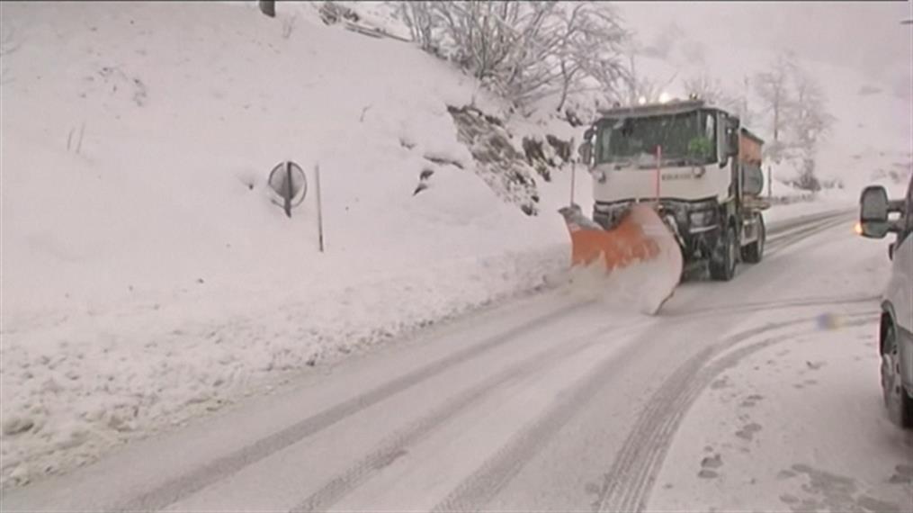 Χιόνια και πλημμύρες από την κακοκαιρία στην Ισπανία