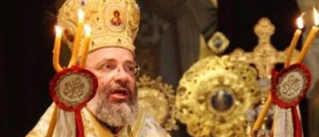 Μητροπολίτης: Απαγορεύω μπαλόνια στα βαφτίσια, πάτημα ποδιού σε γάμο και ρύζια