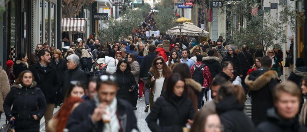 Εορταστικό ωράριο: Πότε είναι ανοικτά τα καταστήματα