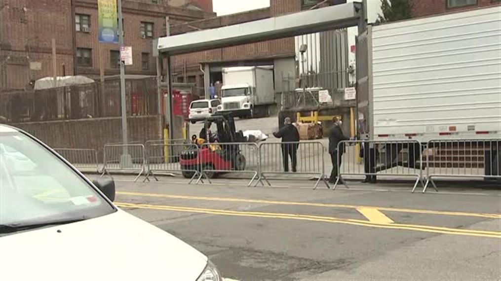 Σε ψυγεία οι νεκροί από κορονοϊό στην Νέα Υόρκη