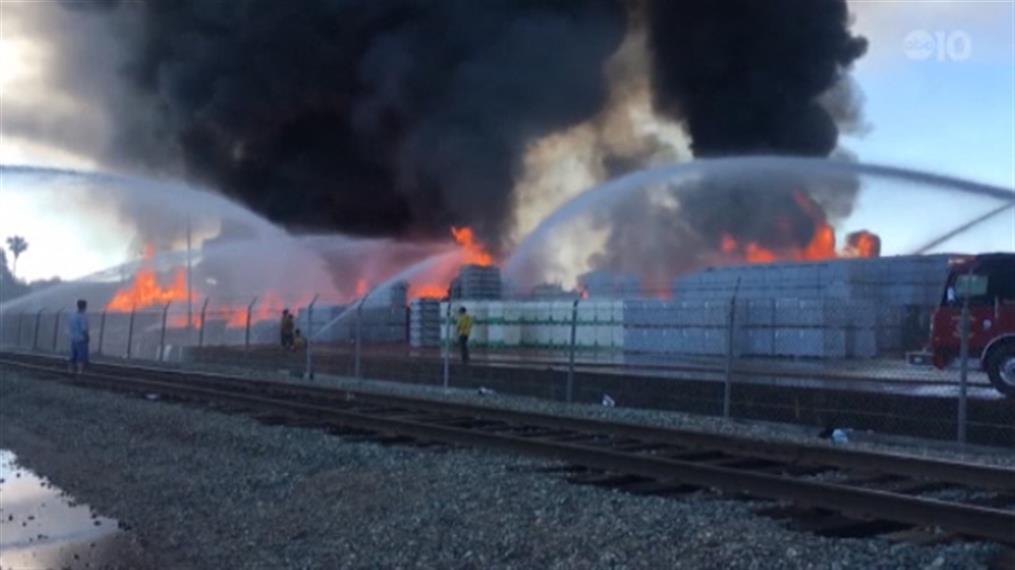 Φωτιά σε εργοστάσιο στις ΗΠΑ