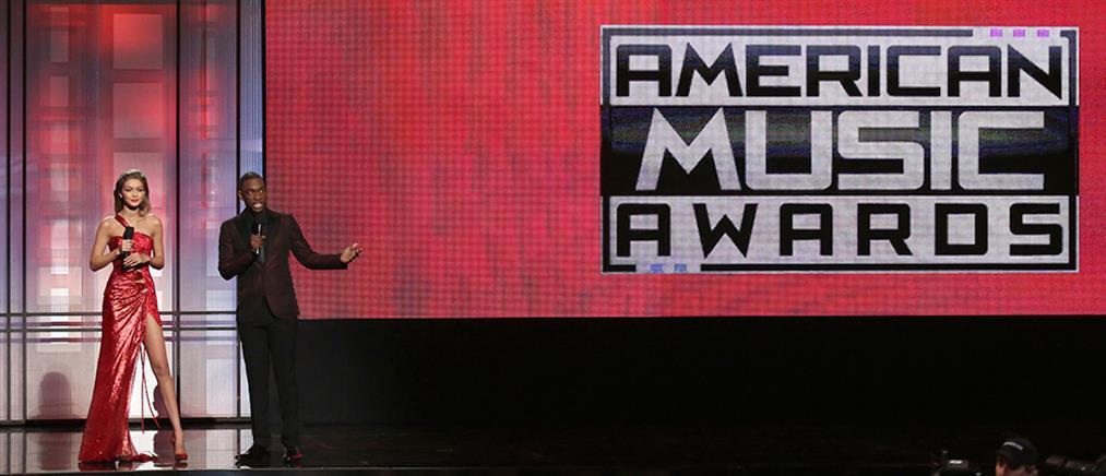 Λαμπερές παρουσίες και… πολιτικά μηνύματα στα American Music Awards