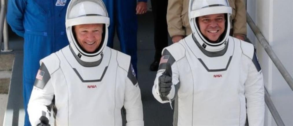 SpaceX: αποστολή στο διάστημα με AC/DC και Black Sabbath