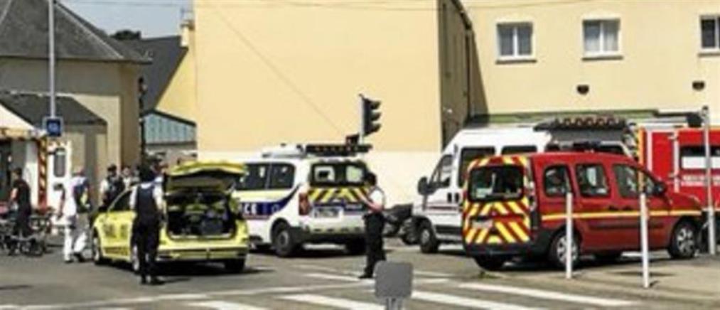 Πυροβολισμοί σε τζαμί στην Γαλλία