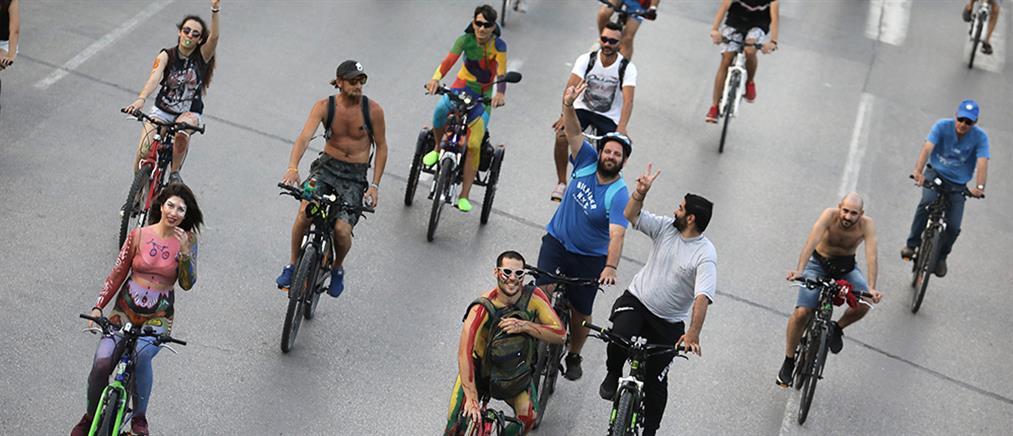 Γυμνοί ποδηλάτες στους δρόμους της Θεσσαλονίκης
