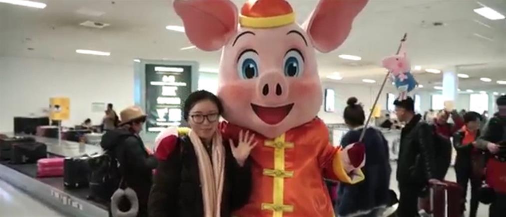 Γιορτή για την κινεζική Πρωτοχρονιά στο αεροδρόμιο της Αθήνας (βίντεο)