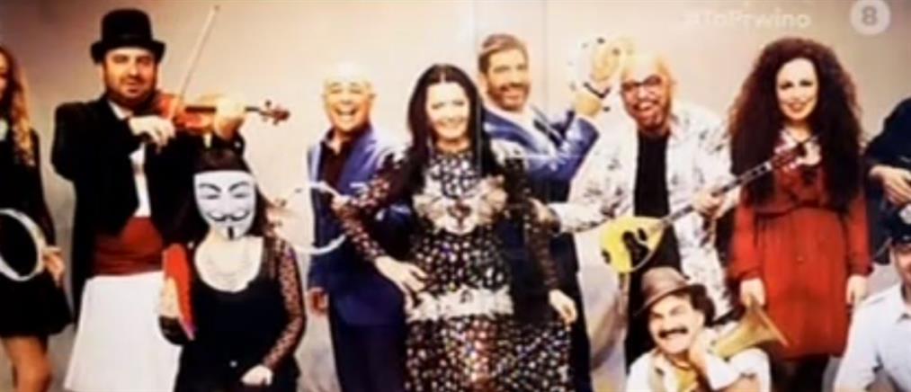 Ο Γιάννης Ζουγανέλης, η Άβα Γαλανοπούλου και η μάσκα στην αφίσα της παράστασης (βίντεο)