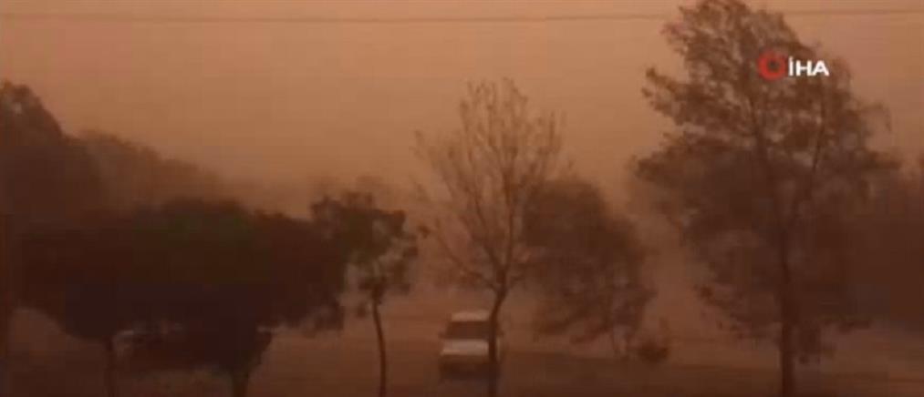 Αμμοθύελλα σκέπασε την Άγκυρα (βίντεο)