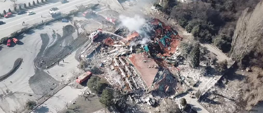 Καστοριά - έκρηξη σε ξενοδοχείο: εικόνες σοκ από drone (βίντεο)