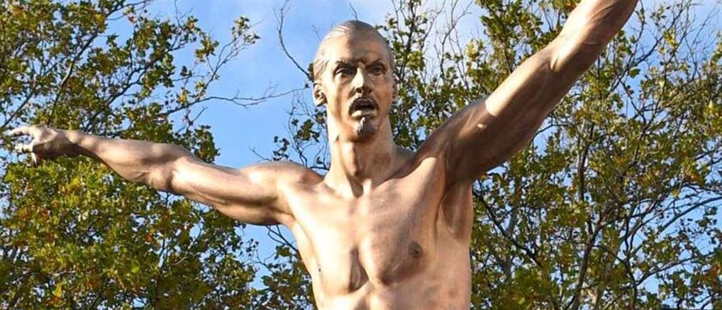 """""""Προδομένοι"""" οπαδοί… """"κακοποίησαν"""" το άγαλμα του Ιμπραϊμοβιτς (εικόνες)"""