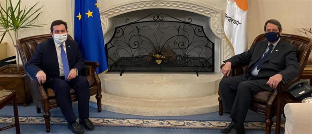 Μηταράκης για μεταναστευτικό: ελάφρυνση του βάρους που επωμίζονται Ελλάδα και Kύπρος