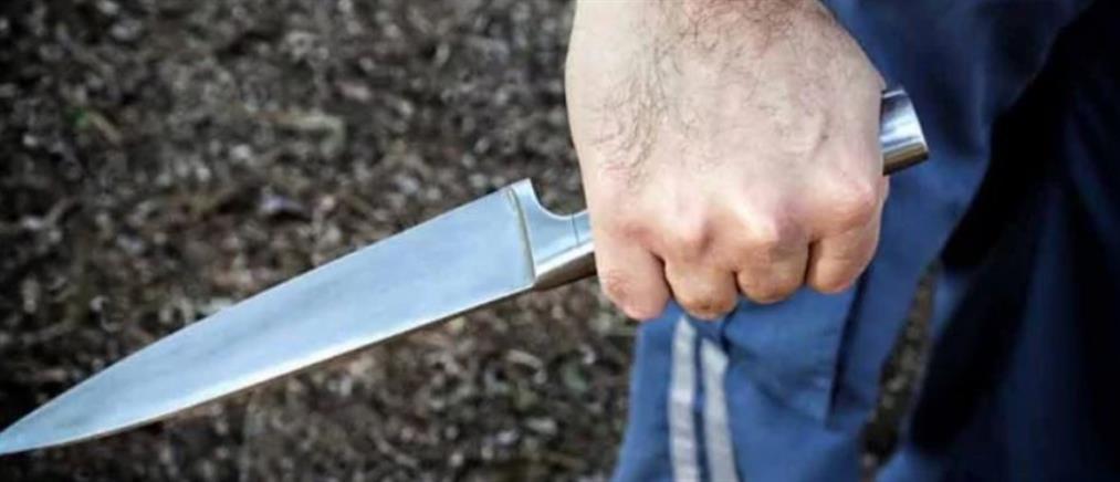 Συμπλοκή με μαχαίρια και… σούβλες σε ταβέρνα