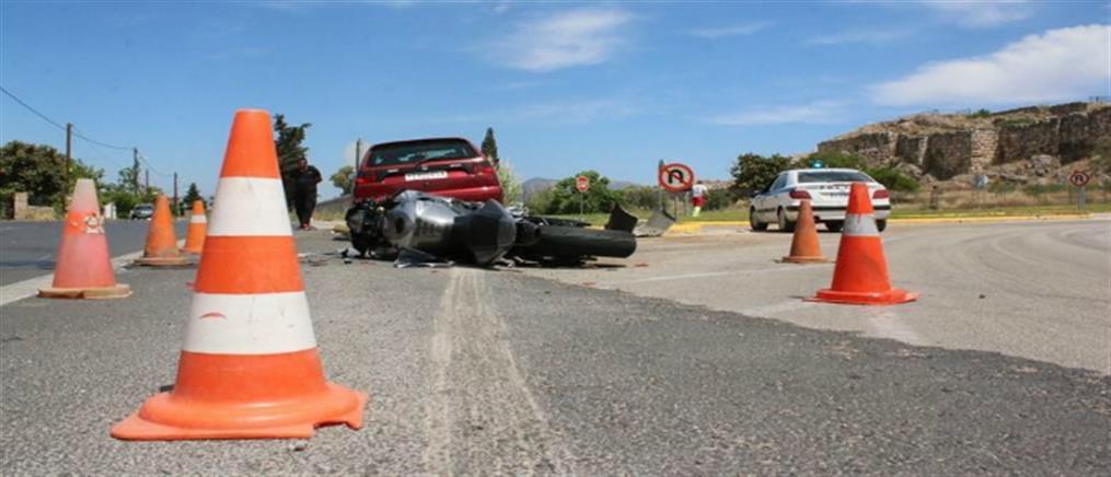 Νεκρός μοτοσικλετιστής μετά από πρόσκρουση μηχανής σε μπάρες