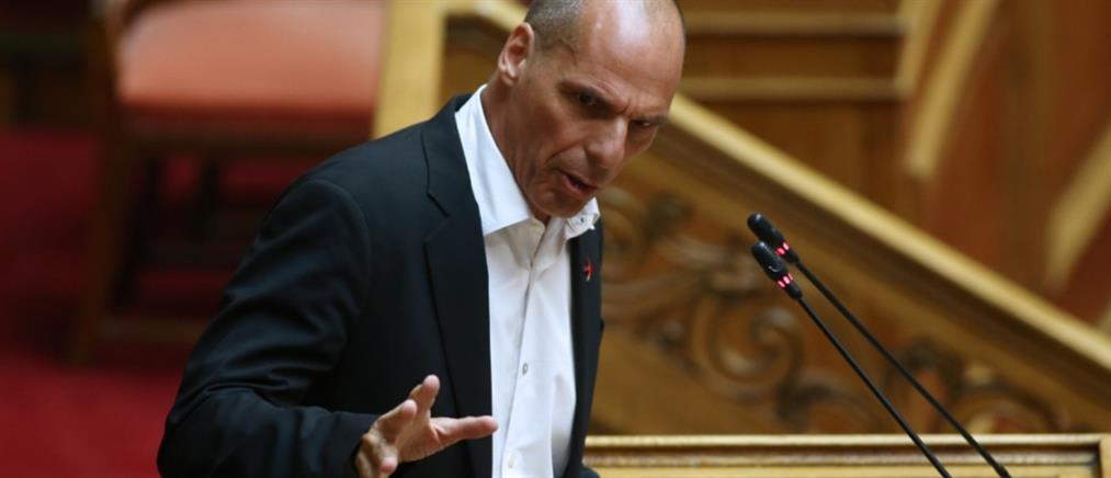 Βαρουφάκης προς κυβέρνηση: ποια ρήξη θα κάνετε, με τους δανειστές ή τον λαό;