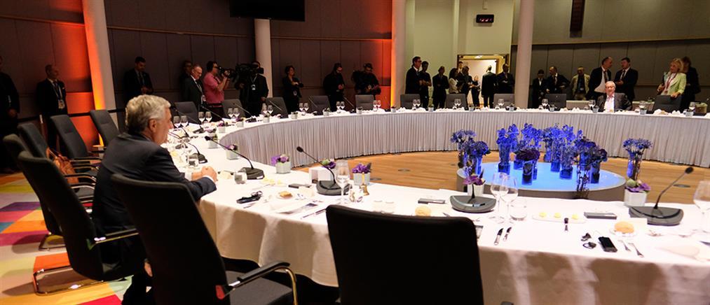 Συνεχίζεται η Σύνοδος Κορυφής για τις ηγετικές θέσεις της Ευρωπαϊκής Ένωσης