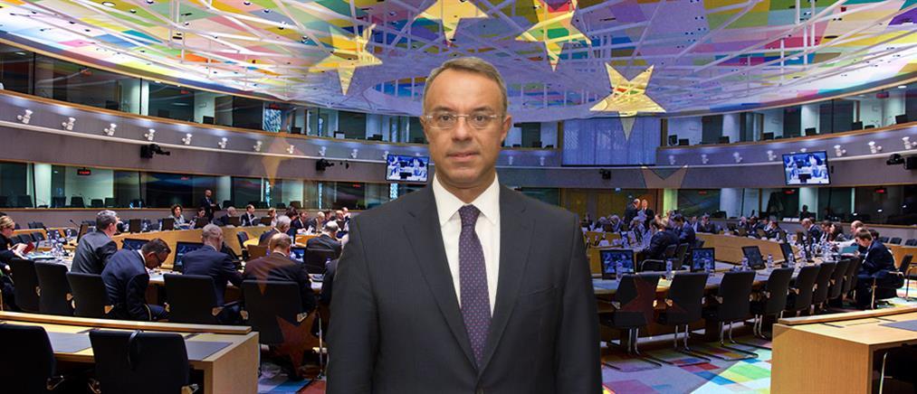 Eurogroup: Κρίσιμες επαφές Σταϊκούρα στις Βρυξέλλες