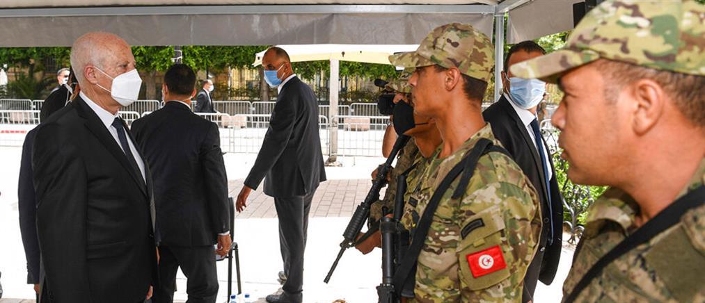 Τυνησία: Πραξικόπημα από τον Πρόεδρο Καΐς Σαέντ