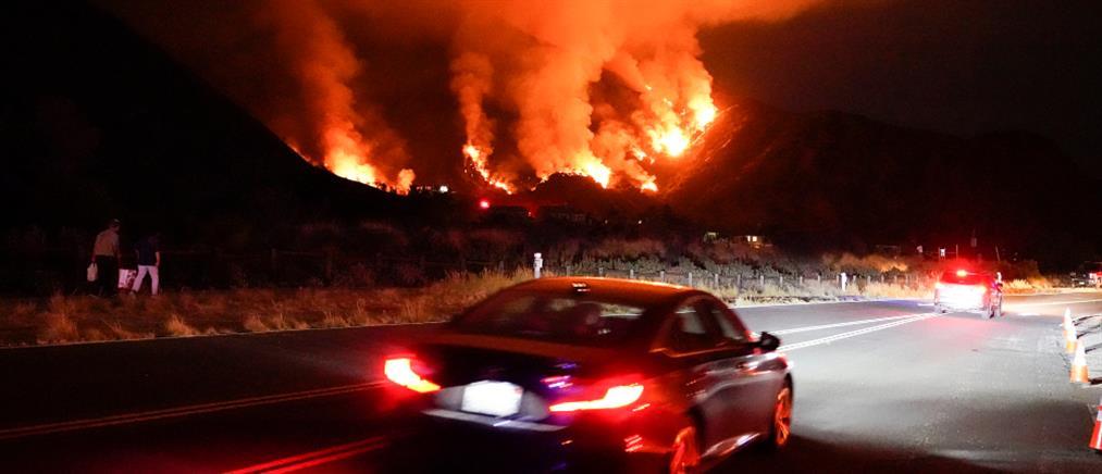 Καλιφόρνια: άνιση η μάχη με τις φλόγες (εικόνες)