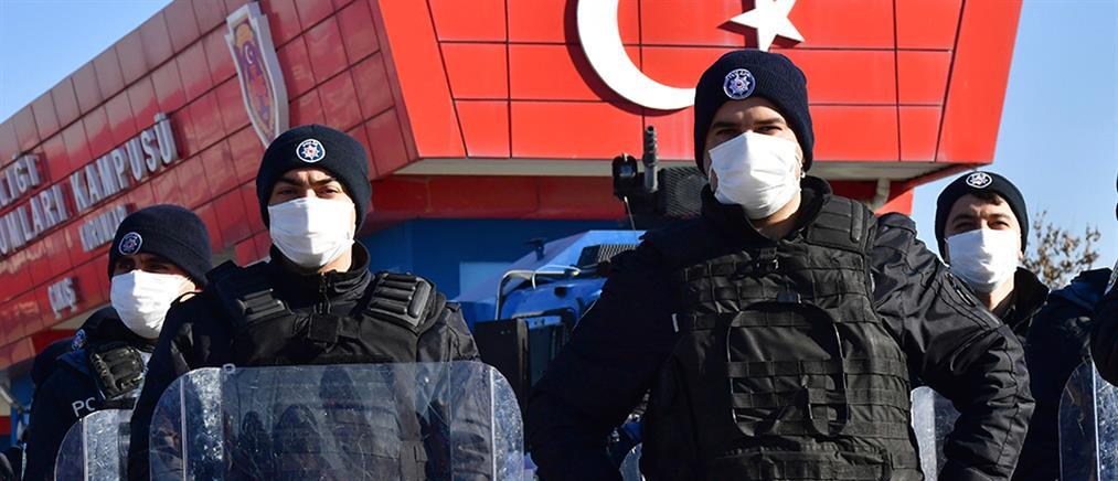 Νέο μπαράζ συλλήψεων στην Τουρκία