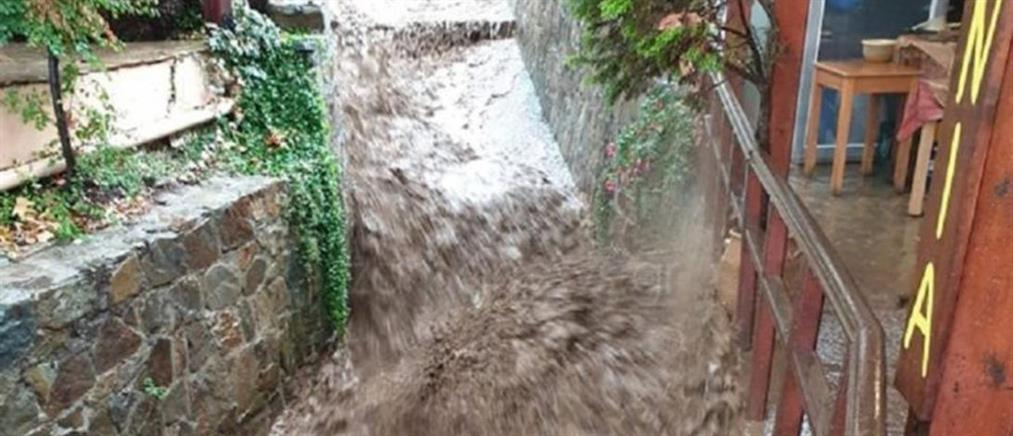 """""""Έβρεξε"""" προβλήματα στην Κρήτη"""