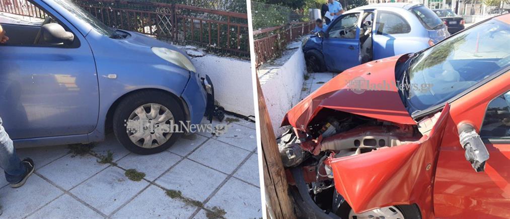 Αυτοκίνητο έπεσε σε σπίτι (εικόνες)