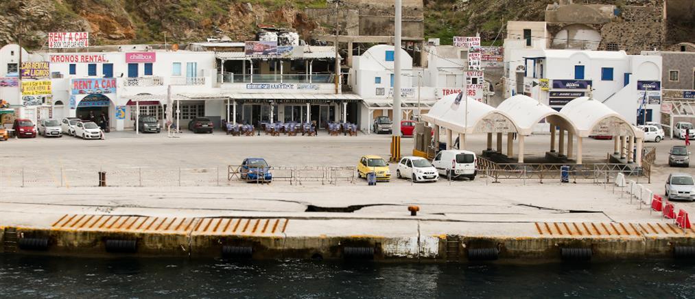 Πρόσκρουση πλοίου στο λιμάνι της Σαντορίνης